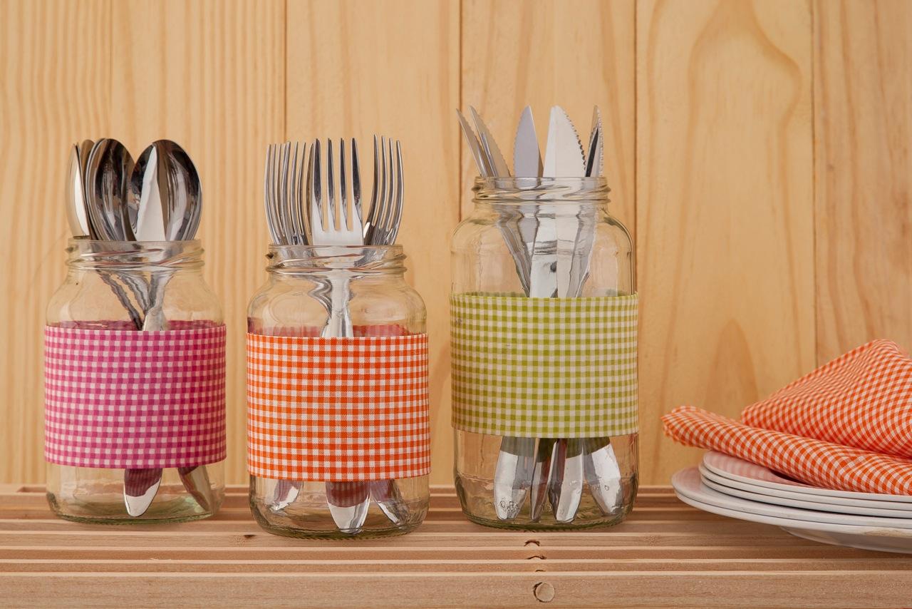 #B23B19 10 ideias para usar vidros de conserva na decoração  824 Limpeza Janelas Vidros